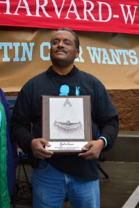 darrell_with_trophy